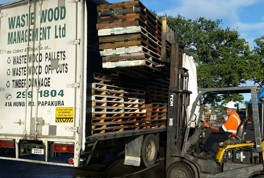 Waste Wood Pallets Removal and Recycling